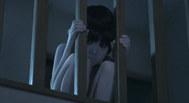 the-grudge-screenshot-toshio-scary-boy.png